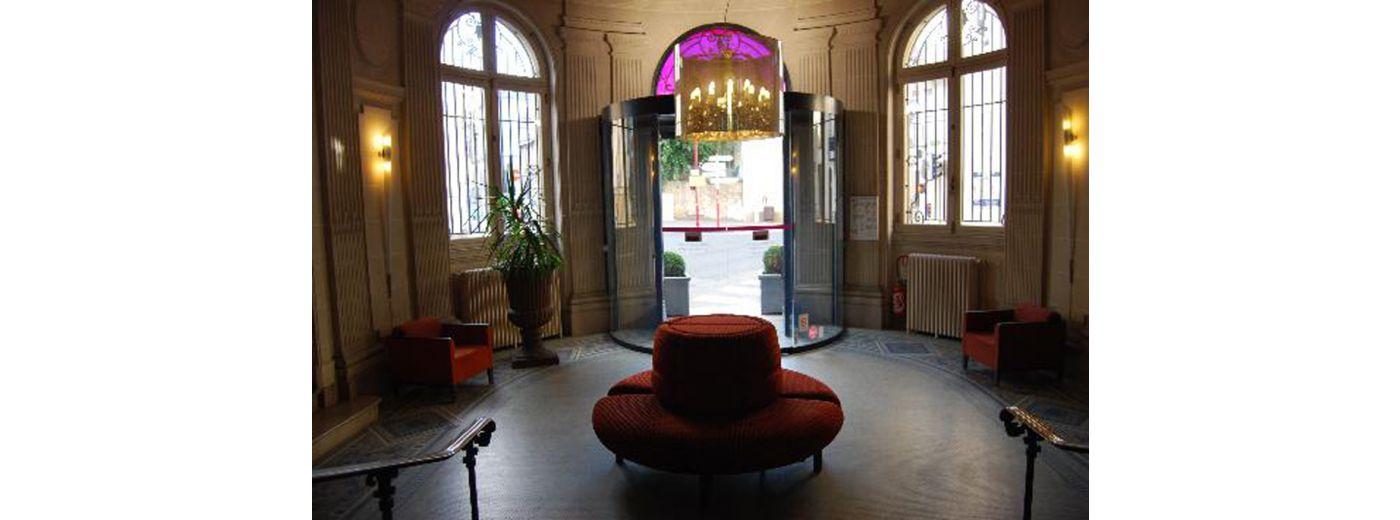 Office de tourisme le mans 72 visites h tels for Le jardin hotel mercure