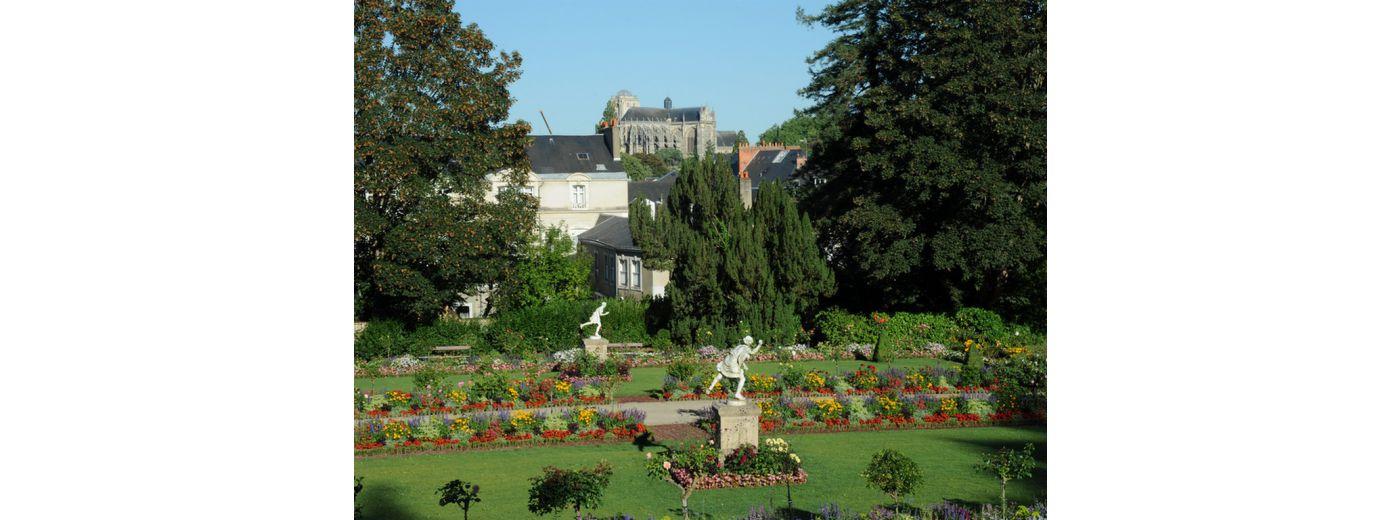 Office de tourisme le mans 72 visites h tels for Restaurant jardin des plantes paris