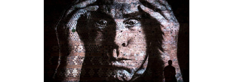 La Nuit des Chimères - Projections de Philippe Echaroux sur la muraille romaine - Nouveauté été 2019