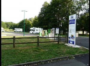 CAMPING-CAR PARK AREA OF SAINT-SATURNIN