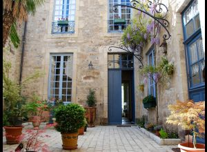 BED AND BREAKFAST - MAISON SAINT-PIERRE