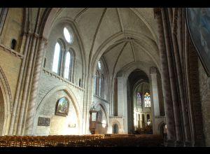 NOTRE-DAME-DE-LA-COUTURE CHURCH