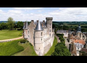 蒙特米赖城堡(LE CHATEAU DE MONTMIRAIL)
