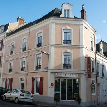 Séjournez au Select Hôtel**, au Mans !