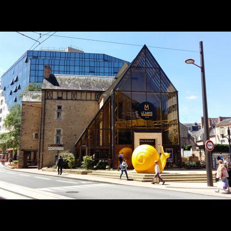 Visuel PARCOURS ARCHITECTURAL : L'ART CONTEMPORAIN AU MANS - DANS LE CADRE DES FLÂNERIES MANCELLES