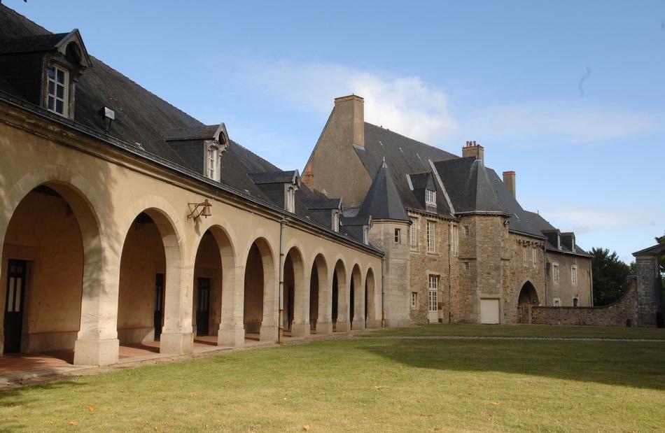 D couvrez la ville du mans une ville au patrimoine - Saint antoine l abbaye office de tourisme ...