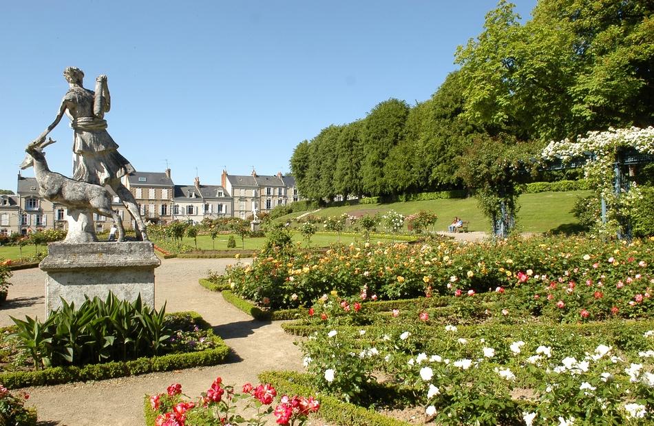 d couvrez la ville du mans une ville au patrimoine surprenant l 39 office de tourisme du mans On le jardin de plantes